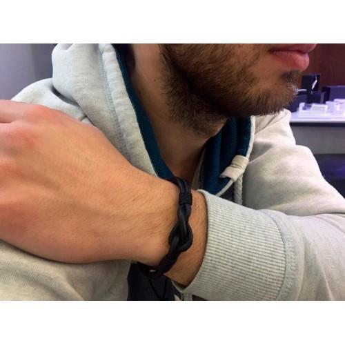 Кожаный браслет фенечка на руку