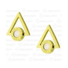 Женские серьги-гвоздики из медицинской стали у форме треугольника с перламутровой вставкой