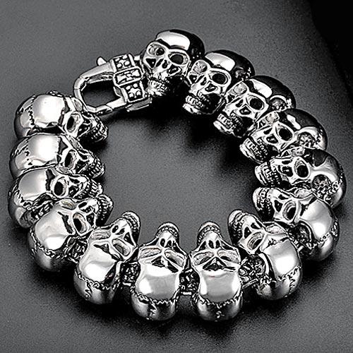 Звеньевой браслет из крупных стальных черепов