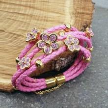 Эффектный браслет из плетеной кожи с элементами из стали Розовый цветок