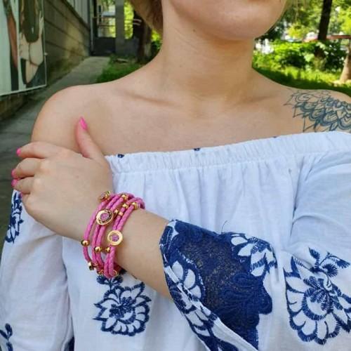 Браслет из розовой плетеной кожи и стали