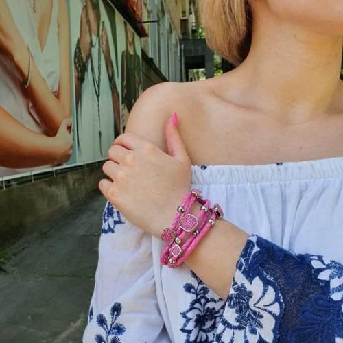 Браслет на руку из натуральной плетеной кожи со стальными элементами