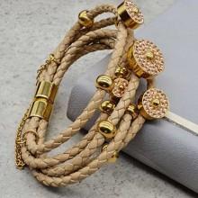 Модный кожаный браслет на руку со стальной застежкой
