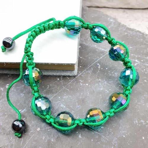 Браслет шамбала с бусинами зеленого цвета