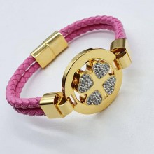 Плетеный браслет из розовой натуральной кожи и мелкими циркониями