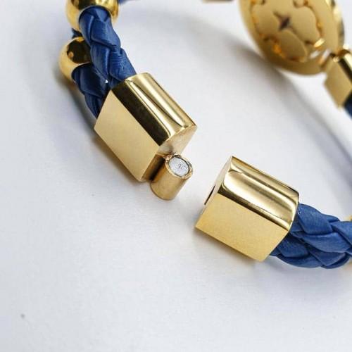 Браслет плетеный из кожаного шнура с синими циркониями