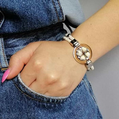 Кожаный браслет из белого шнура с элементами из хирургической стали