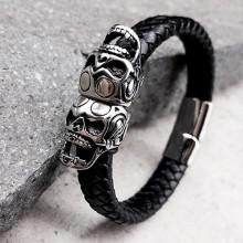 Мужской браслет из кожи с двумя стальными черепами