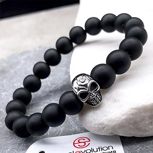 Эластичный браслет-бусы из натурального камня Стальной череп