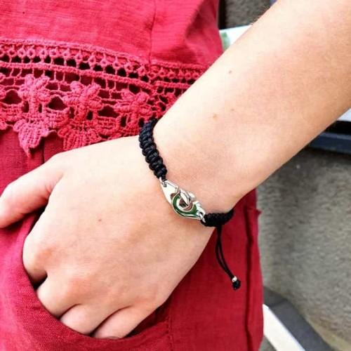 Браслет на руку из черных текстильных шнурков Верность
