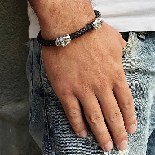 Мужской браслет из коричневой плетеной кожи Стальные черепа
