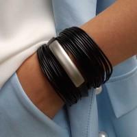 Женский стильный браслет из текстильного шнура с металлической вставкой бижутерия
