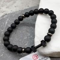 Браслет из натурального камня на резинке унисекс Гантель черная