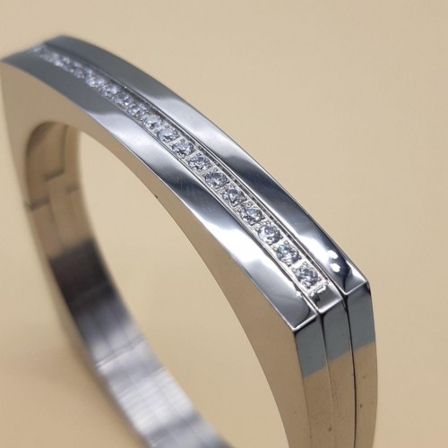 Женский браслет из медицинской стали с циркониями сталь