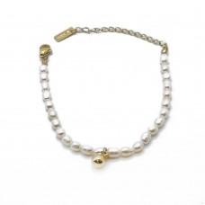 Женский браслет из ювелирной стали и жемчужных бусин