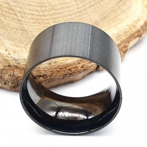 Кольцо из медицинской стали черное унисекс 14 мм матовое