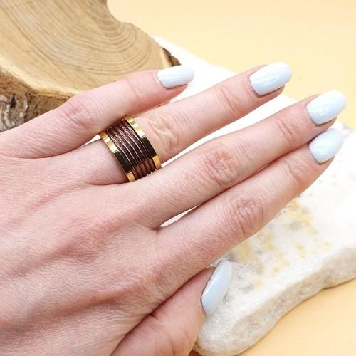 Кольцо из медицинской стали женское с цветным рельефом