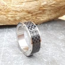 Кольцо из стали мужское с карбоновой вставкой Сен Жермен