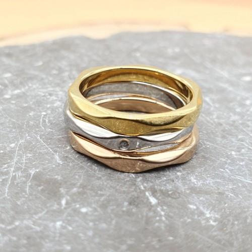 Кольцо из медицинской стали женское Киликия