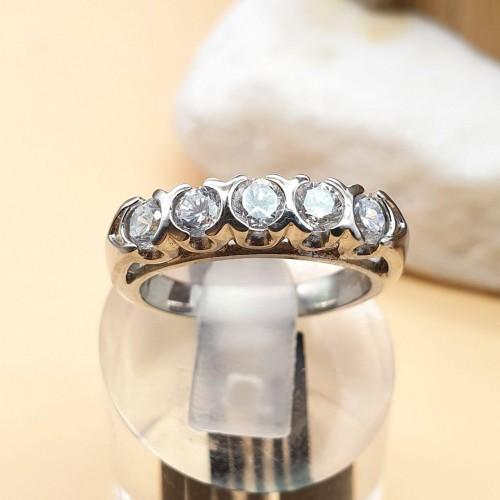 Кольцо женское из медицинской стали с циркониями Топкапы
