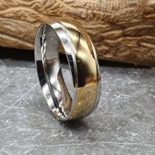Обручальное кольцо из комбинированной медицинской стали Волна 7 мм