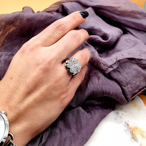 Кольцо из медицинской стали женское Серебряный клевер