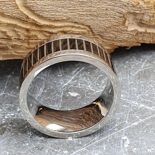 Кольцо антистресс из медицинской стали мужское с оборачивающимся элементом Манфред