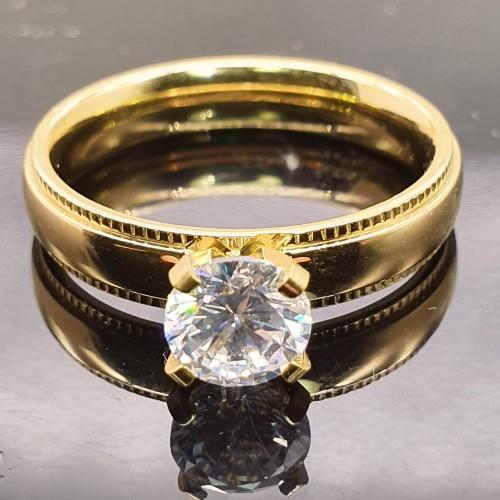 Кольцо для предложения руки и сердца с фианитом и PVD покрытием под золото