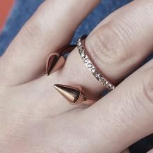 Кольцо с фианитом медицинское золото с циркониями
