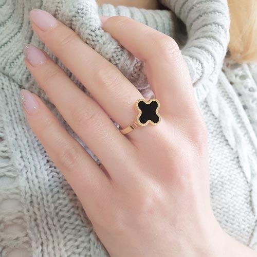 Женское стальное кольцо Клевер с PVD покрытием