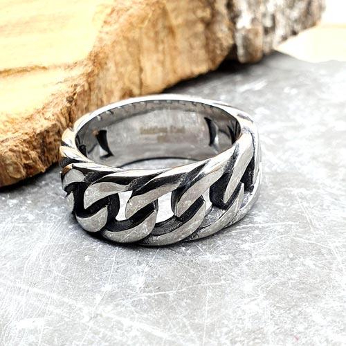 Байкерское кольцо из стали в стиле панцирного плетения