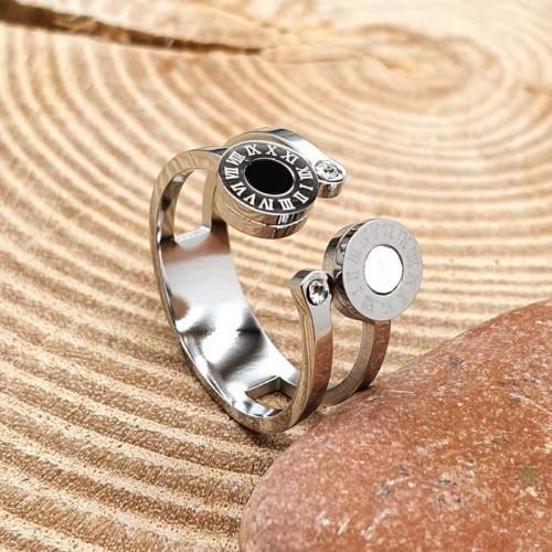 Оригинальное кольцо из стали с перламутром и циркониями