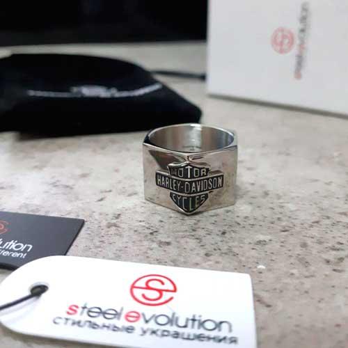 Байкерское кольцо из медицинской стали Супербайк