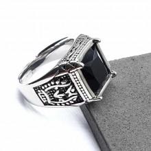 Перстень мужской из стали с черным камнем