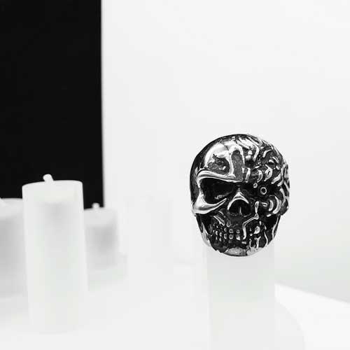Байкерское кольцо из медицинской стали Череп-терминатор