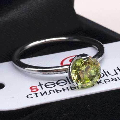 Женское изящное кольцо из медицинской стали с зеленым кристаллом