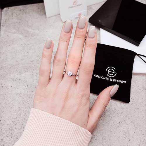 Кольцо для помолвки стальное с белым цирконием Утонченность
