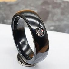 Керамическое кольцо черное с фианитом