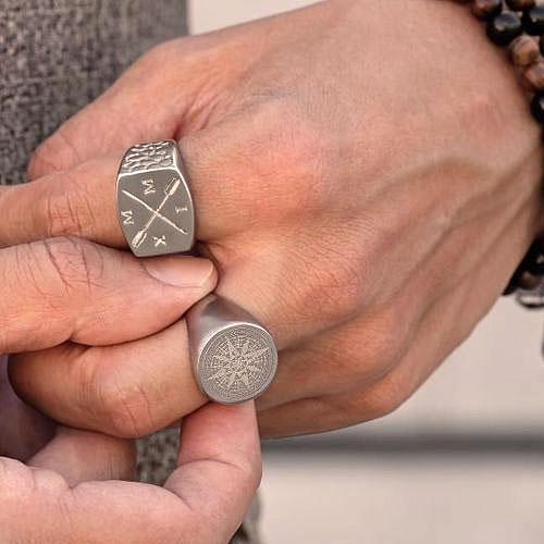 Байкерское кольцо-печатка из медицинской стали Роза ветров