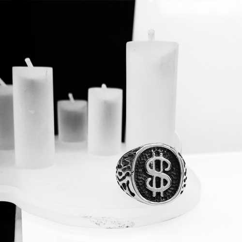 Байкерское кольцо-печатка из медицинской стали Доллар