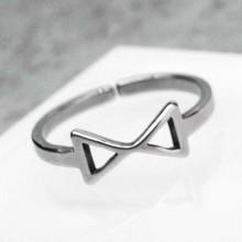 Кольцо на фаланги пальцев Треугольники