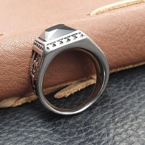 Перстень-печатка из стали мужское Жрец
