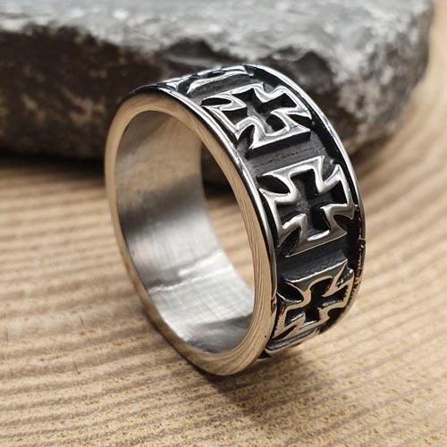 Байкерское кольцо из медицинской стали Крест