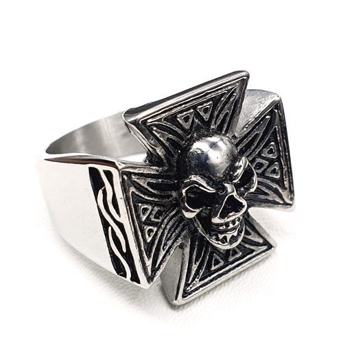 Байкерское кольцо из медицинской стали Бальво