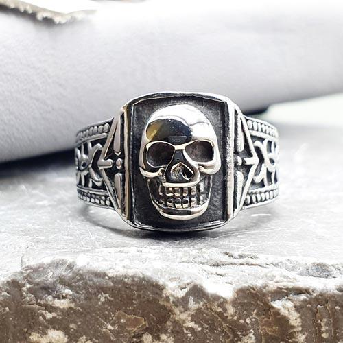 Квадратное кольцо-печатка из медицинской стали мужское Череп