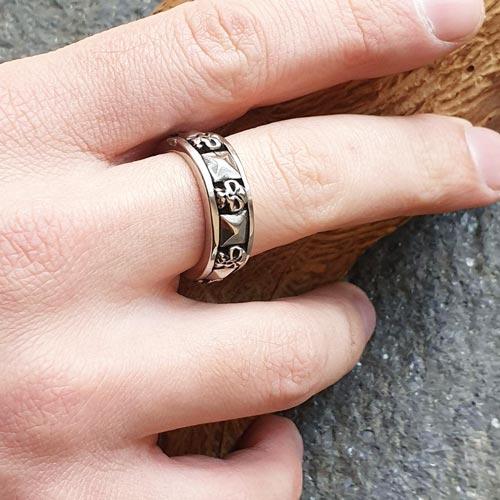 Стальное кольцо с черепами Драгон