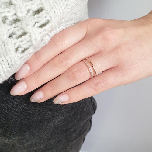 Женское кольцо из гипоаллергенного сплава с PVD покрытием