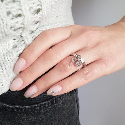 Стальное кольцо женское Миледи