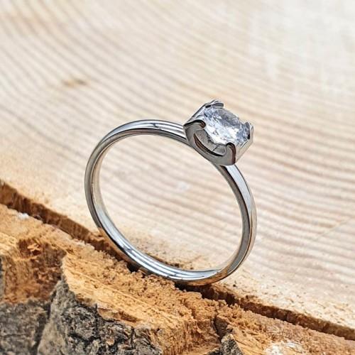 Кольцо для помолвки из медицинской стали с цирконием