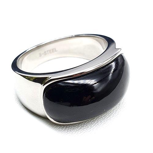 Женское кольцо из медицинского золота с черным камнем Антигона